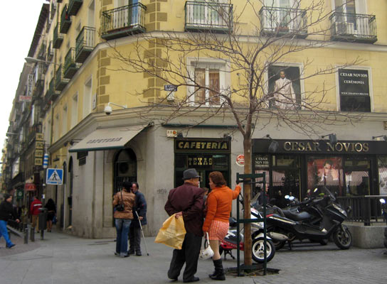 prostitutas en la calle prostitutas asiaticas con cliente