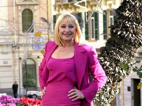 Raffaella Carrá presentará la gala en la que se decide qué artista irá a Eurovisión