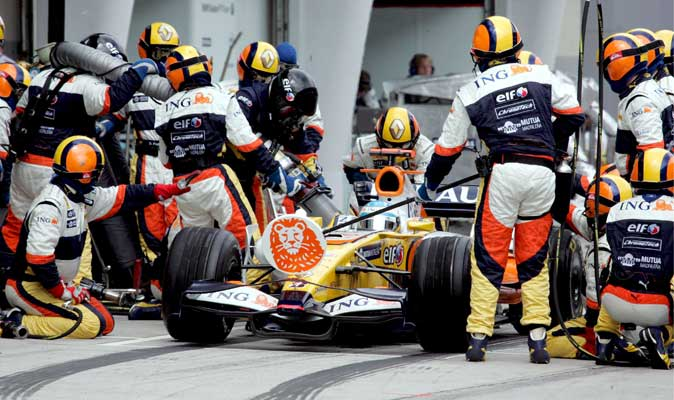 Alonso y su R28