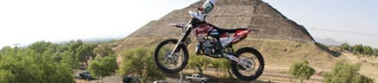 Dany Torres en el aire