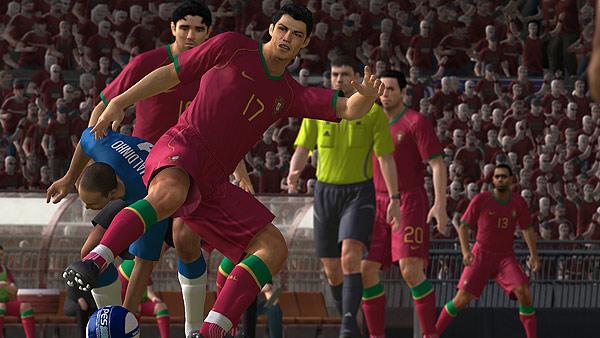 Pro Evolution Soccer 2008 para PS2. Pro Evolution Soccer 2008 para PS2, otra consola que sigue vendiendo juegos a porrillo.