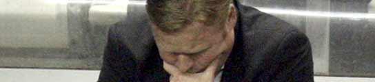 Ronald Koeman, abatido en el banquillo del Valencia