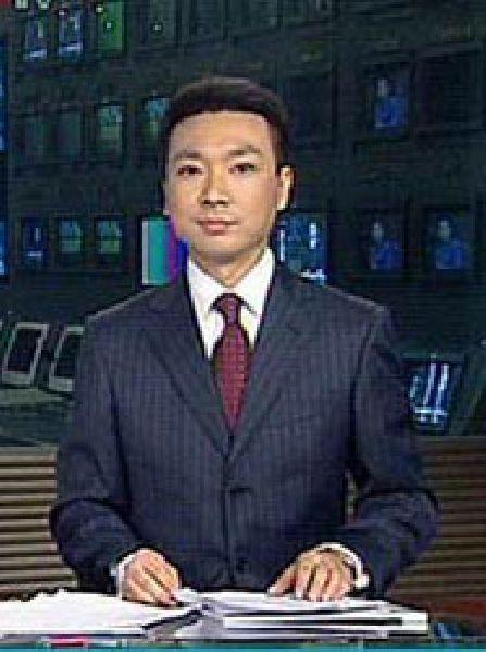 El presentador chino Guo Zhijian