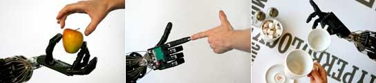 La mano robótica Shadow C5 muestra sus habilidades. (Andy Rain / Efe)