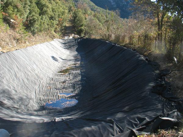Un plan prev mejorar las reservas de agua de lluvia en la - Deposito de agua de lluvia ...