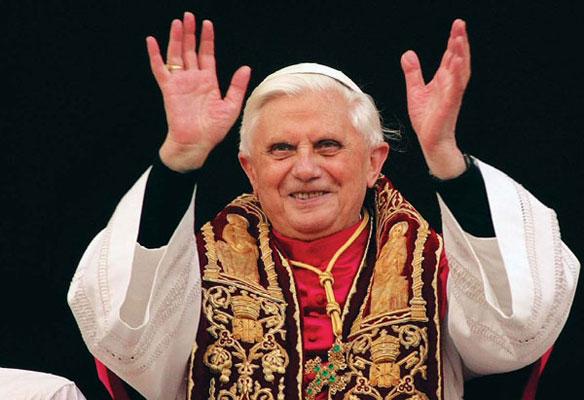 El Papa reúne a 3.000 vírgenes.