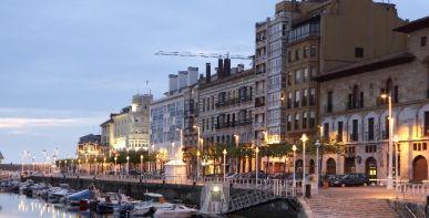 Una puesta de sol en Gijón