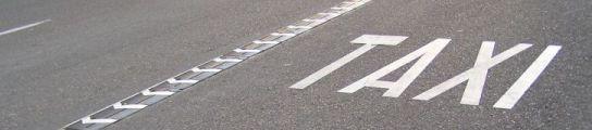 Aparcar en el carril bus y conducir negligentemente dejan de restar puntos  (Imagen: 20minutos)