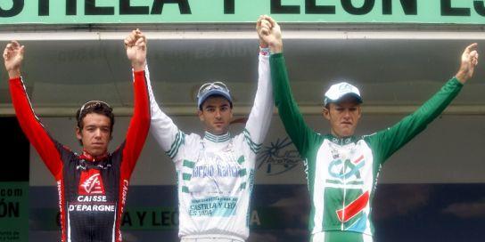 Rigoberto Uran (izda), Gustavo César Veloso (centro) y Remi Pauriol, podio de la Volta 2008
