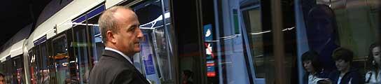 Miguel Sebastián, en metro.
