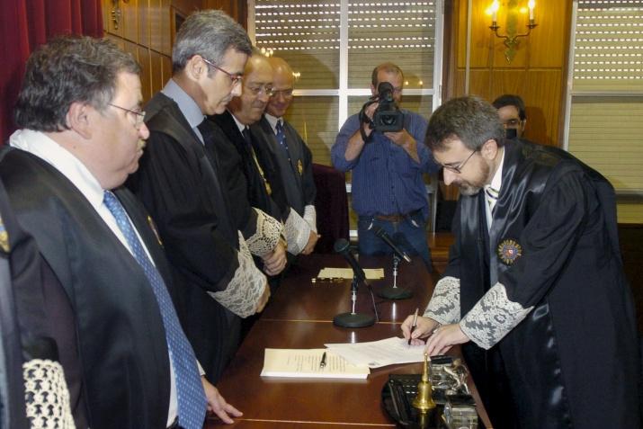 El juez del Olmo toma posesión en Murcia.