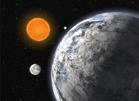 Planetas como la Tierra (16/6/2008). Hermanos mayores de la Tierra. Ilustración de cómo podrían ser los tres planetas descubiertos desde un telescopio en La Silla, Chile. Los astrónomos los han llamado súper Tierras porque creen que se parecen a nuestro planeta, solo que más grandes: tienen un 4,2, 6,7, y 9,4 veces la masa de la Tierra.  Orbitan alrededor de la estrella HD 40307 en periodos de 4,3, 9,6, y 20,4 días respectivamente.