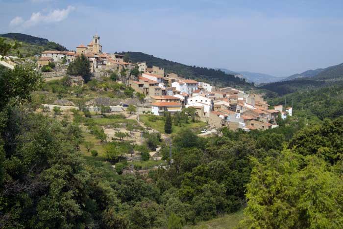 La Tinença de Benifassà (Castellón – Comunidad Valenciana).. La Tinença de Benifassà (Castellón – Comunidad Valenciana). La Comunidad Valenciana se asocia con frecuencia y casi en exclusiva a sus costas. Sin embargo, también en el interior de la región abundan los enclaves soprendentes. Mapa .