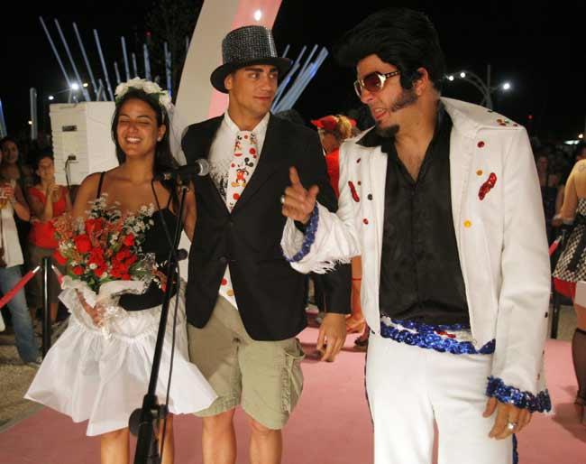 Matrimonio Simbolico Las Vegas : Bodas exprés al más puro estilo las vegas en el festival