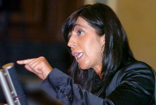 Sánchez Camacho.