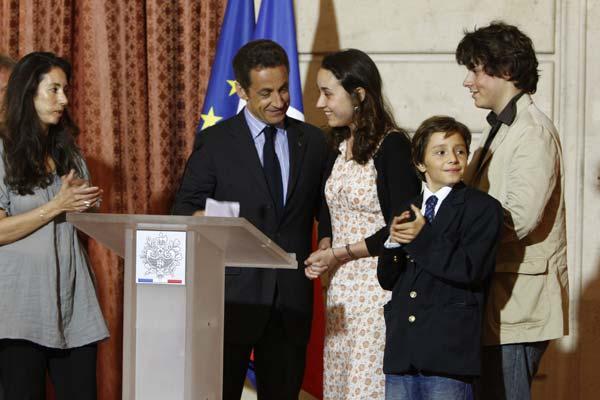 Familiares de Ingrid Betancourt
