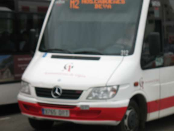 Microbús de la línea M2 de Gijón