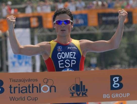 Javier Gómez Noya gana en la Copa del Mundo de Hungría