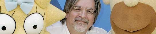 El creador de 'Los Simpson', Matt Groening, junto a dos de sus criaturas.
