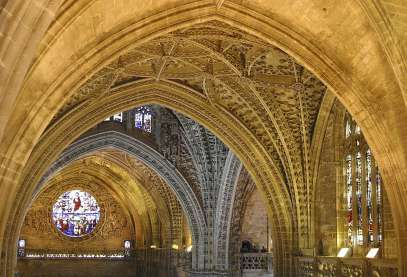Vista del interior de la catedral de sevilla - Catedral de sevilla interior ...