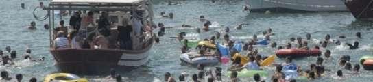 Tradicional suelta de patos vivos en Sagunto