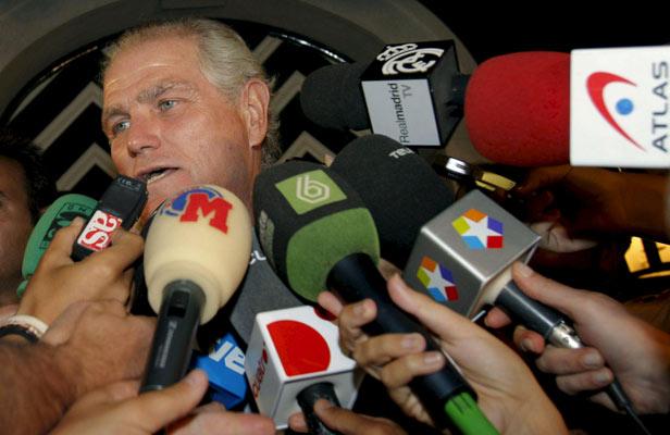 Ramón Calderón atiende a los medios