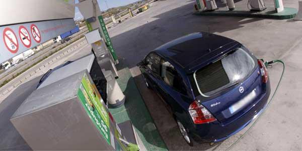 Cae el precio del carburante