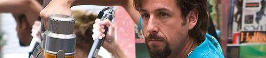 Adam Sandler en una imagen de 'Zohan: Licencia para peinar'.