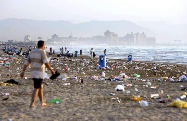 Recogen 20.000 kilos de residuos del mar
