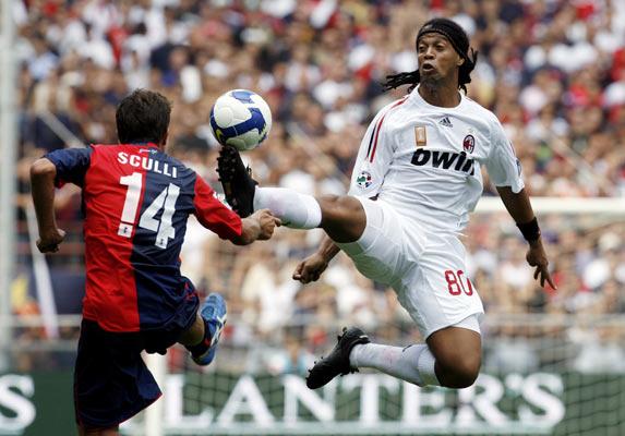 Ronaldinho, delantero del Milan: