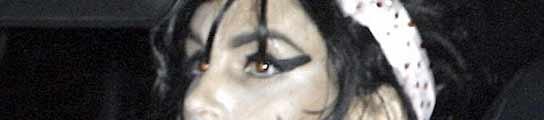 Cindy Crawford como Amy Winehouse