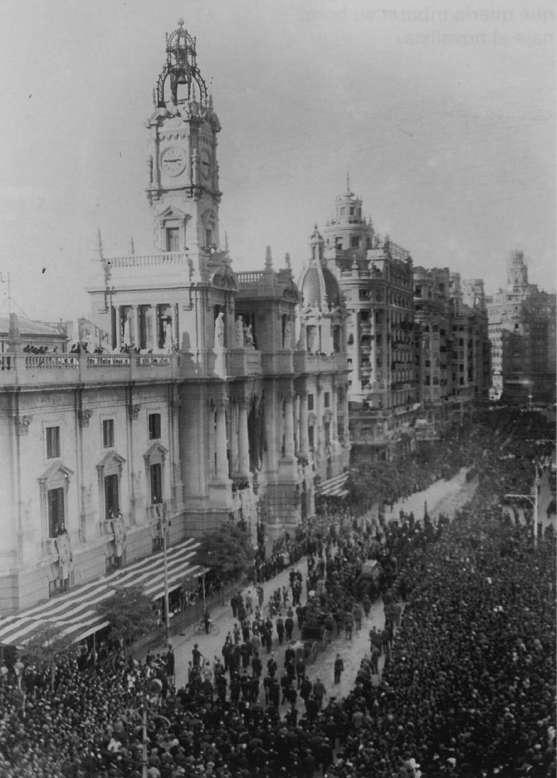 El entierro de Blasco Ibáñez en Valencia