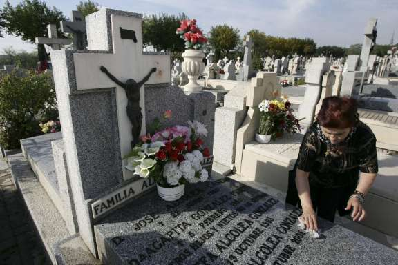 Cementerio, el Día de Todos los Santos