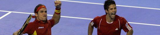 España se adelanta en la final de la Copa Davis al ganar el partido de dobles