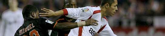 El Sevilla sigue su racha positiva ante un Valencia que sigue invicto a domicilio (0-0)