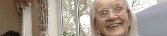 La británica Lena Thouless, en su último cumpleaños.