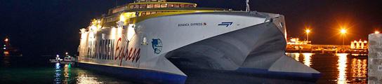 El ferry que encalló en Tenerife tenía un motor averiado y el otro falló en el atraque