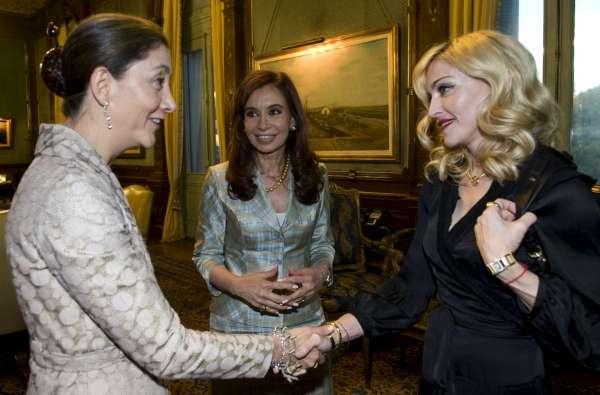 Madonna, Betancourt y Fernández