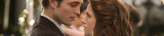 Robert Pattison y Kristen Stewart en 'Crepúsculo'.
