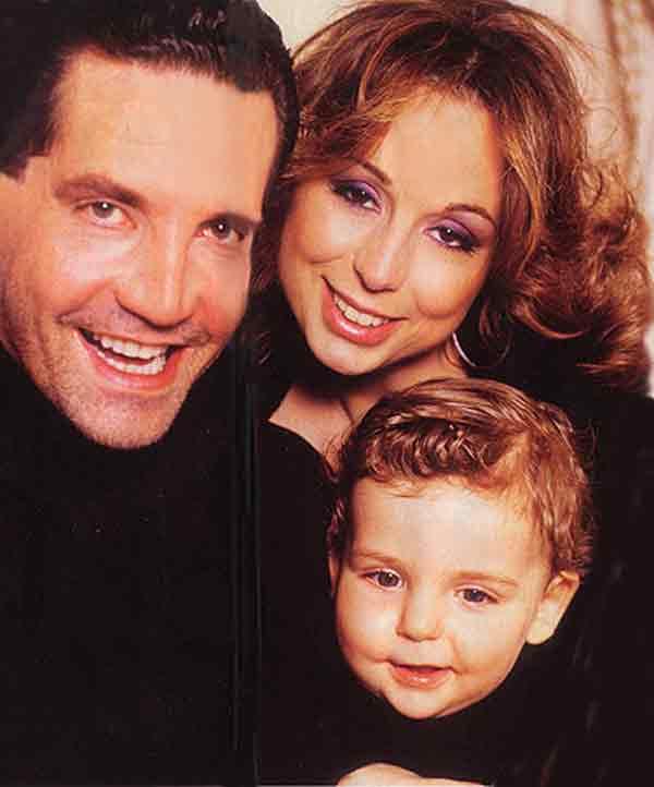 Marina Berlusconi, junto a su familia