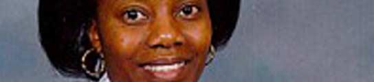 Una enfermera británica estuvo 11 días retenida en el maletero de su propio coche
