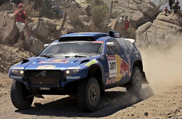 Carlos Sainz en su Volkswagen