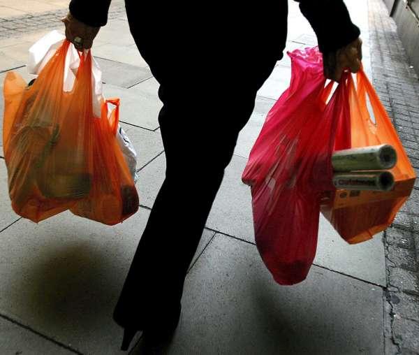 23d0baedf Las mujeres hacen la compra 73 días al año, los hombres sólo van 31 días