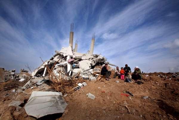 Miles  de palestinos sin hogar