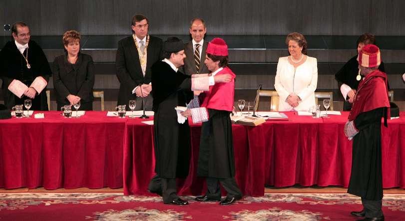 Investidura de Aznar como doctor honoris causa.