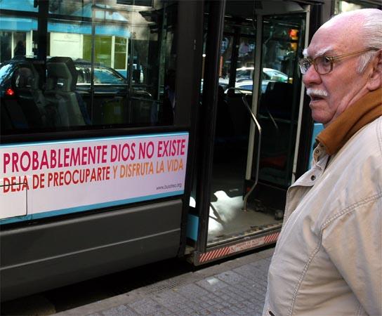 Bus 'ateo' en Málaga