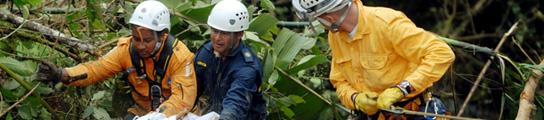 Al menos 20 muertos y cuatro heridos al caer un autobús a un precipicio en Colombia