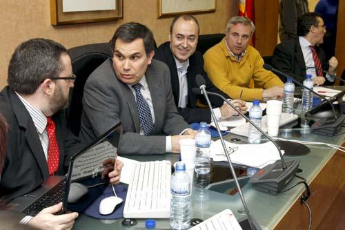 El Comité de Huelga Nacional, durante la reunión mantenida esta sábado. EFE
