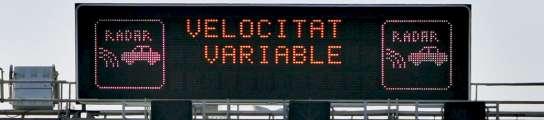 La limitación de 80 km/h mejora la calidad del aire y rebaja el ruido en Barcelona  (Imagen: ALBERTO ESTÉVEZ / EFE)