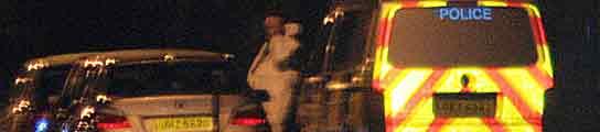 Mueren dos soldados en un atentado contra una base militar en Irlanda del Norte